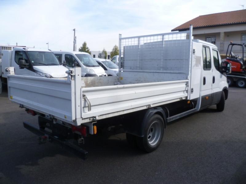 Photo 3 de l'offre de IVECO DAILY CCB 35C14 EMP 3450 DOUBLE CABINE 6PL BENNE + COFFRE à 28680€ chez Brignais automobiles