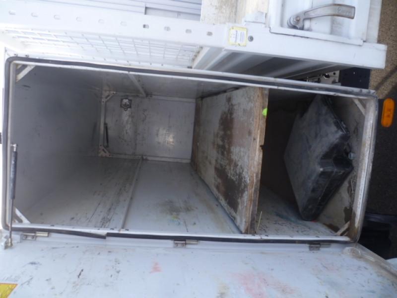 Photo 7 de l'offre de IVECO DAILY CCB 35C14 EMP 3450 DOUBLE CABINE 6PL BENNE + COFFRE à 28680€ chez Brignais automobiles