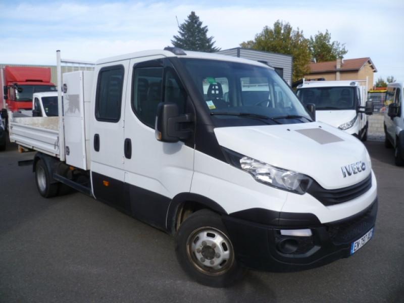 Photo 2 de l'offre de IVECO DAILY CCB 35C14 EMP 3450 DOUBLE CABINE 6PL BENNE + COFFRE à 28680€ chez Brignais automobiles