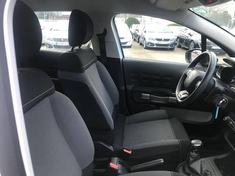 Photo 8 de l'offre de CITROEN C3 PURETECH 82CH FEEL BUSINESS S&S E6.D-TEMP à 12500€ chez Brignais automobiles