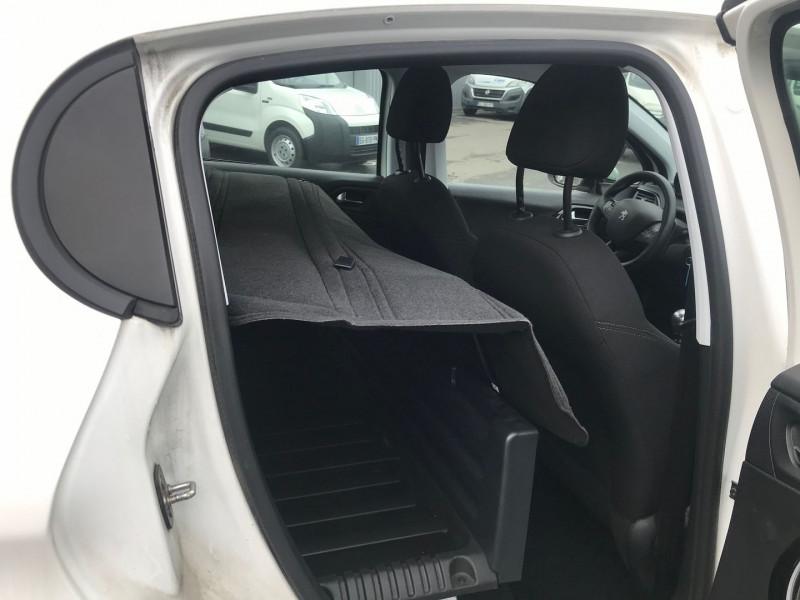 Photo 7 de l'offre de PEUGEOT 208 AFFAIRE 1.6 BLUEHDI 100CH S&S PREMIUM PACK EURO6C à 9900€ chez Brignais automobiles
