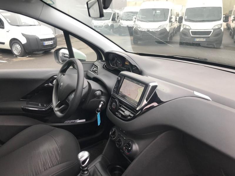 Photo 5 de l'offre de PEUGEOT 208 AFFAIRE 1.6 BLUEHDI 100CH S&S PREMIUM PACK EURO6C à 9900€ chez Brignais automobiles