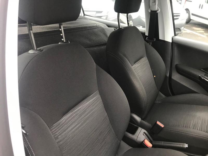 Photo 6 de l'offre de PEUGEOT 208 AFFAIRE 1.6 BLUEHDI 100CH S&S PREMIUM PACK EURO6C à 9900€ chez Brignais automobiles