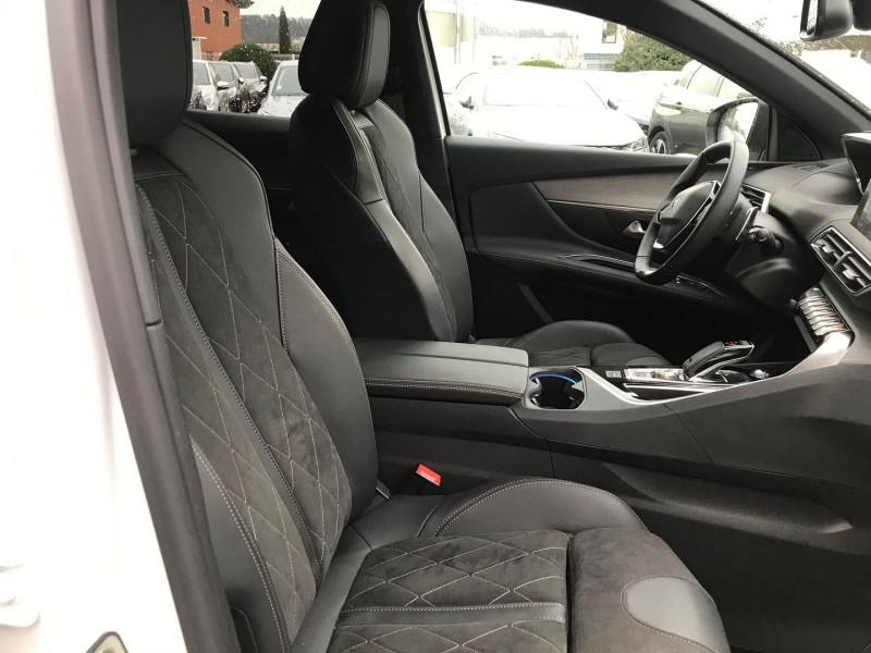 Photo 8 de l'offre de PEUGEOT 3008 2.0 BLUEHDI 180CH S&S GT EAT8 à 37900€ chez Brignais automobiles