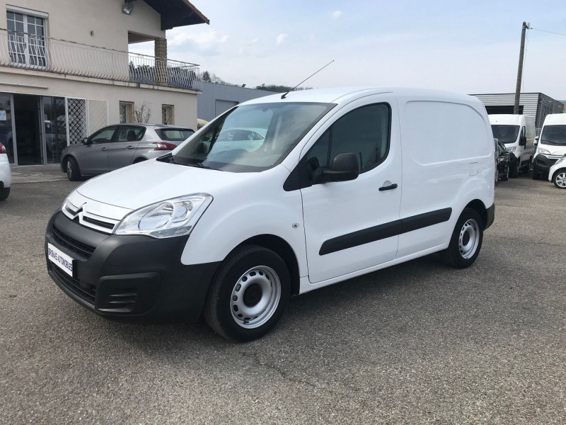 Photo 1 de l'offre de CITROEN BERLINGO M 1.6 BLUEHDI 75 CLUB à 10900€ chez Brignais automobiles