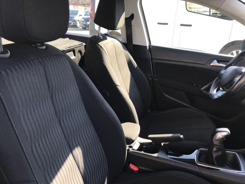 Photo 8 de l'offre de PEUGEOT 308 AFFAIRE 1.6 BLUEHDI 100CH S&S PACK CLIM NAV à 8900€ chez Brignais automobiles
