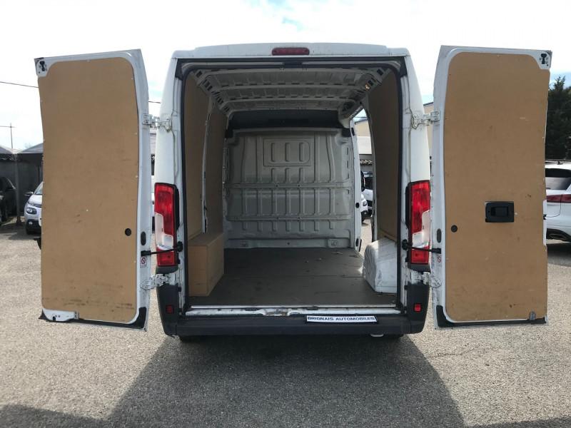 Photo 10 de l'offre de PEUGEOT BOXER FG 333 L2H2 2.2 HDI 130 PACK CLIM à 13900€ chez Brignais automobiles