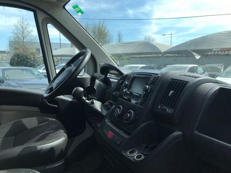 Photo 7 de l'offre de PEUGEOT BOXER FG 333 L2H2 2.2 HDI 130 PACK CLIM à 13900€ chez Brignais automobiles