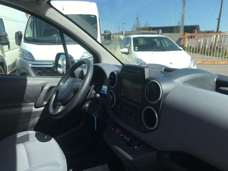 Photo 7 de l'offre de CITROEN BERLINGO M 1.6 BLUEHDI 100 S&S BUSINESS ETG6 à 13400€ chez Brignais automobiles