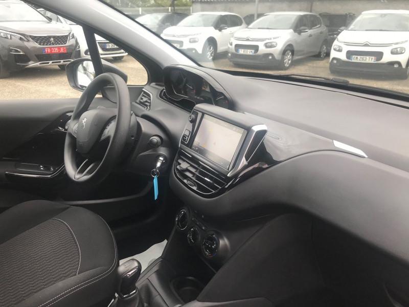 Photo 7 de l'offre de PEUGEOT 208 1.5 BLUEHDI 100CH E6.C ACTIVE BVM5 86G 5P à 12500€ chez Brignais automobiles