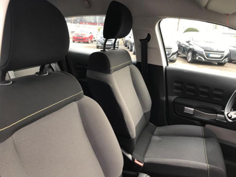 Photo 8 de l'offre de CITROEN C3 PURETECH 110CH SHINE S&S EAT6 à 12900€ chez Brignais automobiles