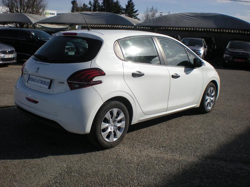 Photo 6 de l'offre de PEUGEOT 208 AFFAIRE 1.6 BLUEHDI 100CH PACK CLIM 5P à 6900€ chez Brignais automobiles