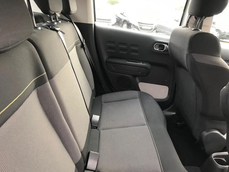 Photo 9 de l'offre de CITROEN C3 PURETECH 110CH SHINE S&S EAT6 à 12900€ chez Brignais automobiles