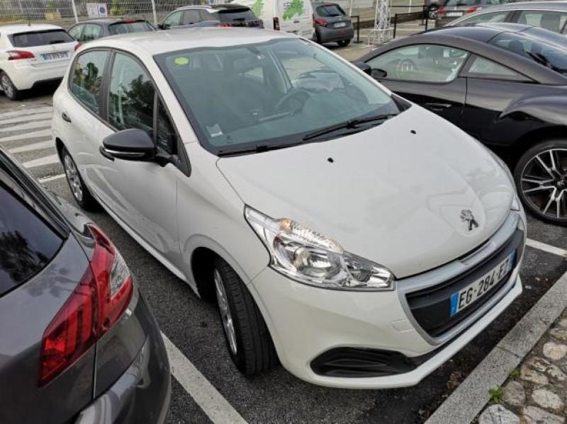 Photo 2 de l'offre de PEUGEOT 208 AFFAIRE 1.6 BLUEHDI 75CH PACK CLIM 5P à 7400€ chez Brignais automobiles