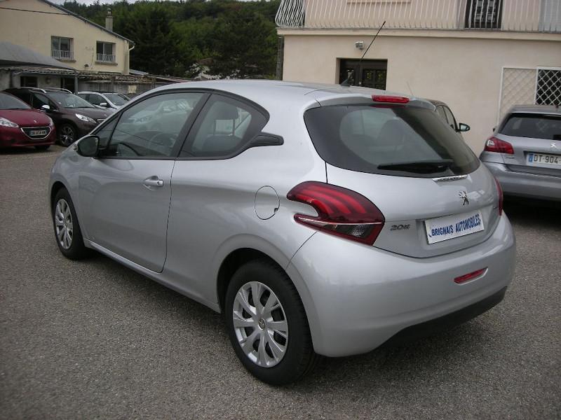Photo 4 de l'offre de PEUGEOT 208 1.6 BLUEHDI 75CH ACTIVE 3P à 9900€ chez Brignais automobiles