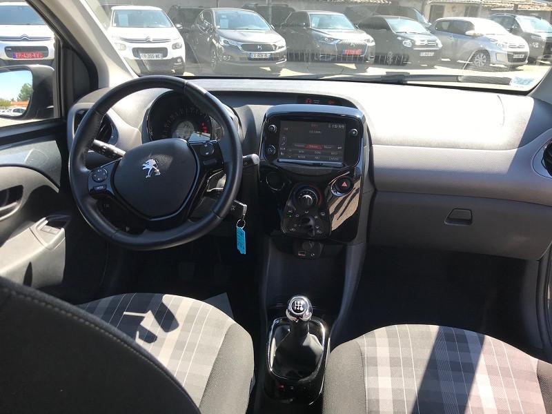 Photo 10 de l'offre de PEUGEOT 108 VTI 72 STYLE 5P à 10900€ chez Brignais automobiles