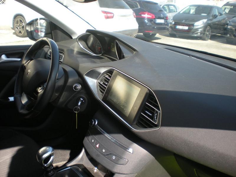 Photo 7 de l'offre de PEUGEOT 308 SW 1.6 BLUEHDI FAP 120CH BUSINESS PACK à 10900€ chez Brignais automobiles