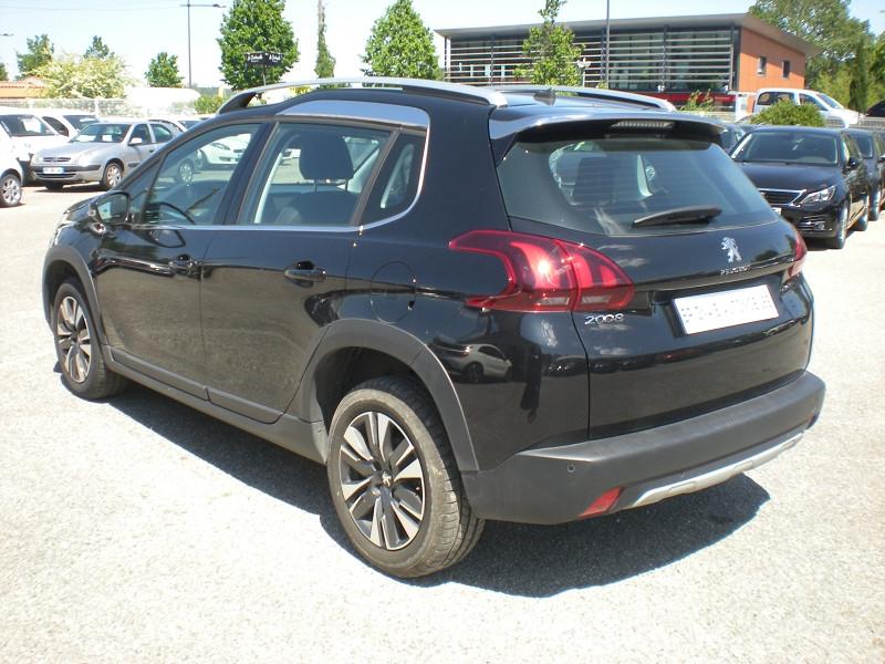 Photo 4 de l'offre de PEUGEOT 2008 1.6 BLUEHDI 100CH ALLURE à 16900€ chez Brignais automobiles