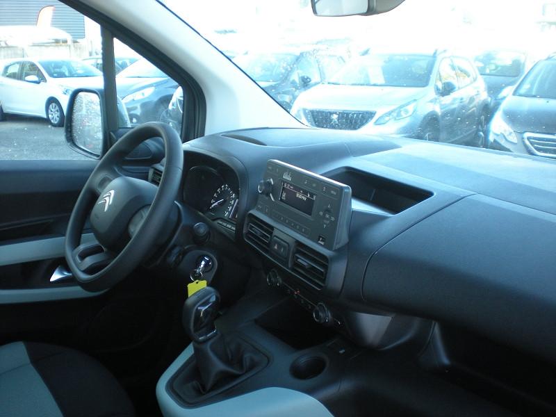 Photo 7 de l'offre de CITROEN BERLINGO M BLUEHDI 100CH LIVE à 19900€ chez Brignais automobiles