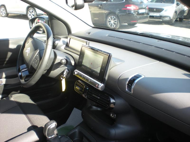Photo 7 de l'offre de CITROEN C4 CACTUS PURETECH 110CH S&S FEEL E6.D-TEMP à 13900€ chez Brignais automobiles