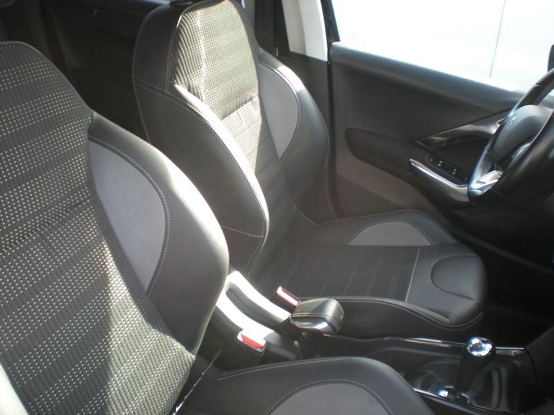 Photo 8 de l'offre de PEUGEOT 2008 1.6 BLUEHDI 100CH ALLURE BUSINESS S&S ETG6 à 11400€ chez Brignais automobiles