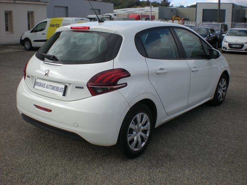 Photo 6 de l'offre de PEUGEOT 208 AFFAIRE 1.6 BLUEHDI 100CH PACK CLIM NAV 5P à 8900€ chez Brignais automobiles