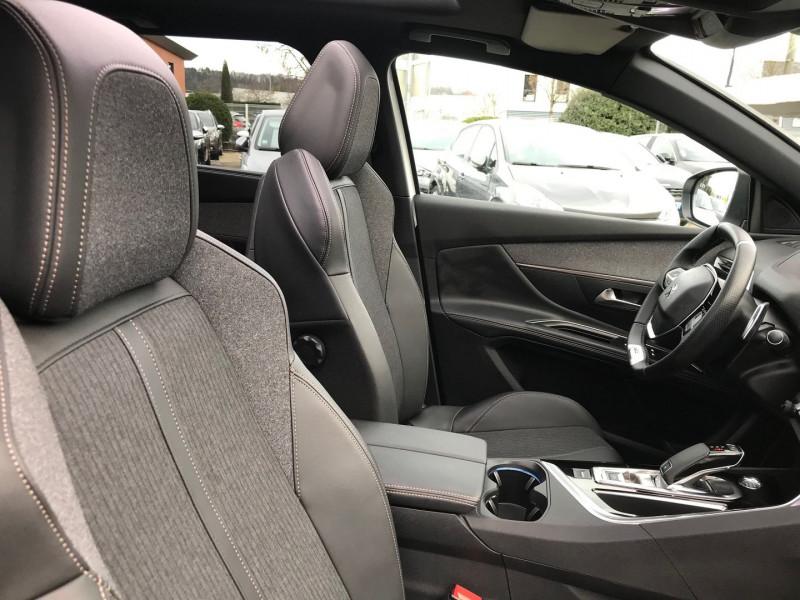 Photo 8 de l'offre de PEUGEOT 5008 1.5 BLUEHDI 130CH S&S GT LINE EAT8 à 35400€ chez Brignais automobiles