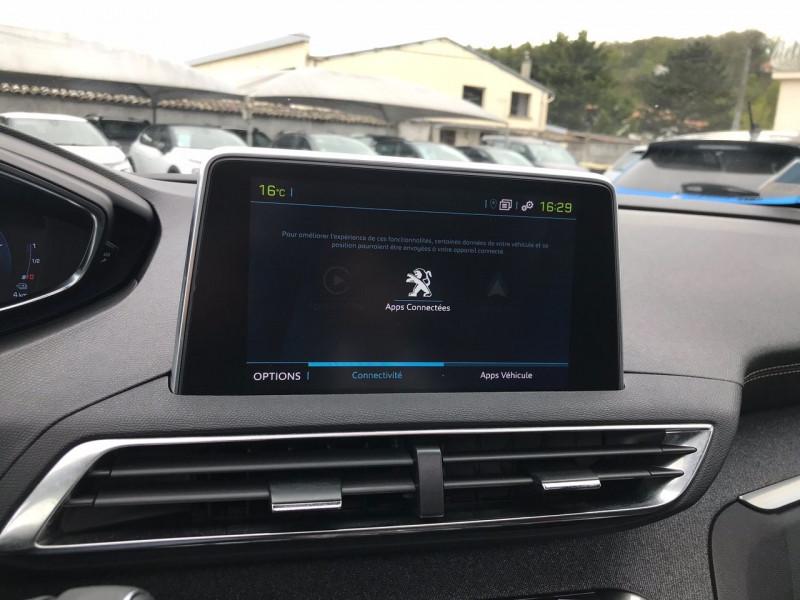 Photo 11 de l'offre de PEUGEOT 3008 HYBRID 225CH GT LINE E-EAT8 10CV à 38900€ chez Brignais automobiles