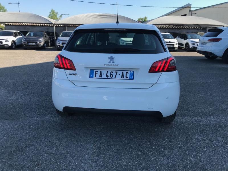 Photo 5 de l'offre de PEUGEOT 308 AFFAIRE 1.5 BLUEHDI 100CH S&S PREMIUM PACK à 10900€ chez Brignais automobiles