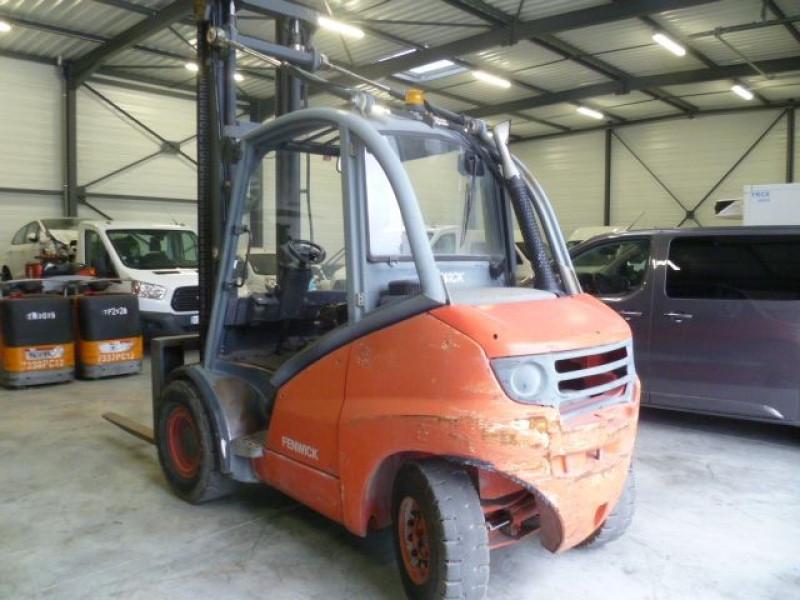 Photo 2 de l'offre de FENWICK CHARIOT FRONTAL DIESEL H45D à 17000€ chez Brignais automobiles