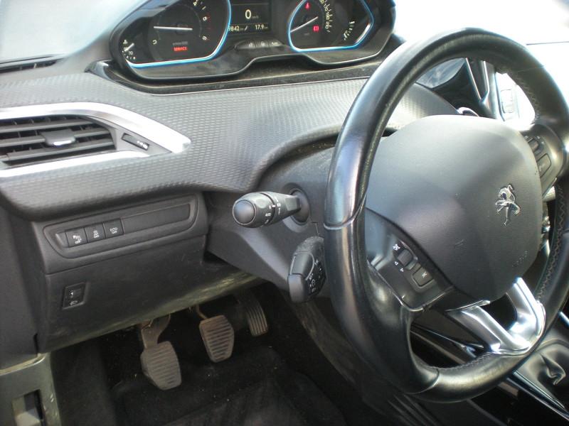 Photo 13 de l'offre de PEUGEOT 2008 1.6 BLUEHDI 100CH  BUSINESS PACK à 10900€ chez Brignais automobiles