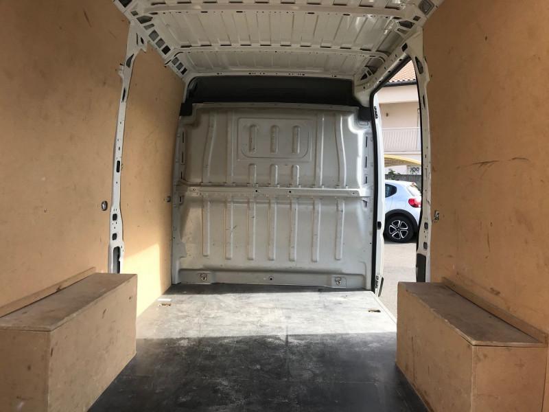 Photo 10 de l'offre de PEUGEOT BOXER FG 333 L2H2 2.0 BLUEHDI 130 PREMIUM PACK à 19080€ chez Brignais automobiles