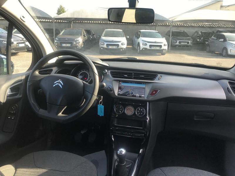Photo 10 de l'offre de CITROEN C3 BLUEHDI 75 CONFORT BUSINESS S&S 79G à 9400€ chez Brignais automobiles