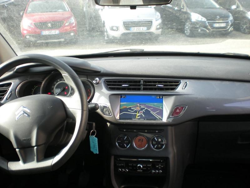Photo 10 de l'offre de CITROEN C3 STE HDI 70 CLUB ENTREPRISE à 7800€ chez Brignais automobiles