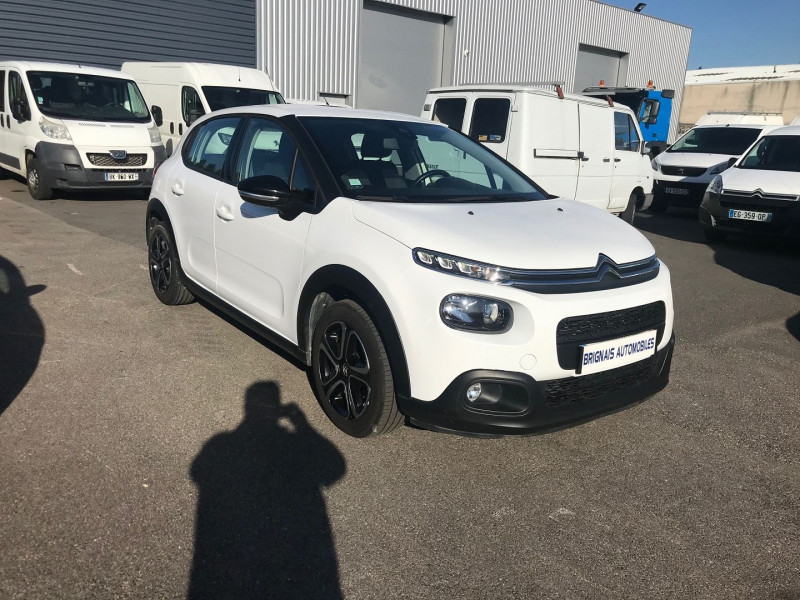 Photo 1 de l'offre de CITROEN C3 STE 1.6 BLUEHDI 75CH S&S FEEL NAV à 9900€ chez Brignais automobiles