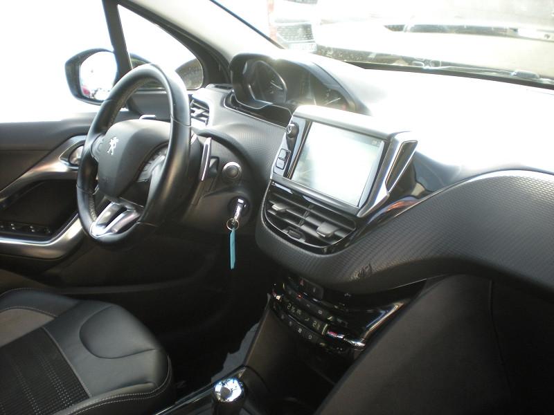Photo 7 de l'offre de PEUGEOT 2008 1.6 BLUEHDI 100CH ALLURE BUSINESS S&S ETG6 à 11400€ chez Brignais automobiles