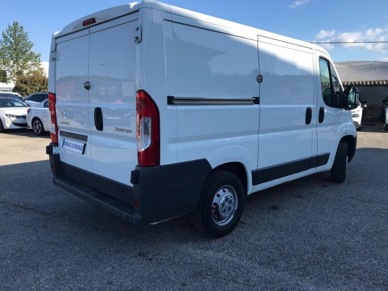 Photo 6 de l'offre de CITROEN JUMPER FG 30 L1H1 2.0 BLUEHDI 110 BUSINESS à 13080€ chez Brignais automobiles