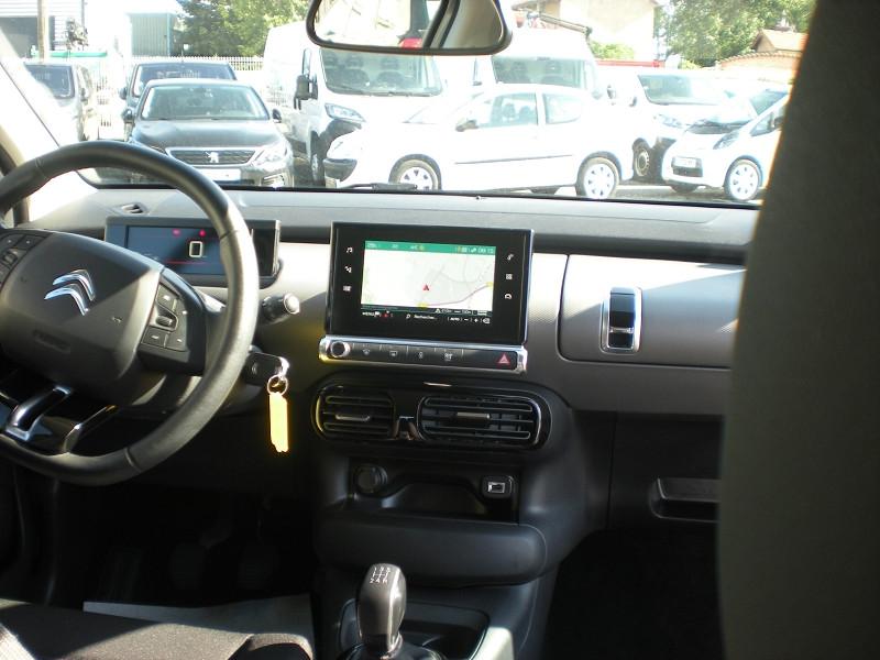 Photo 10 de l'offre de CITROEN C4 CACTUS PURETECH 110CH S&S FEEL E6.D-TEMP à 13900€ chez Brignais automobiles