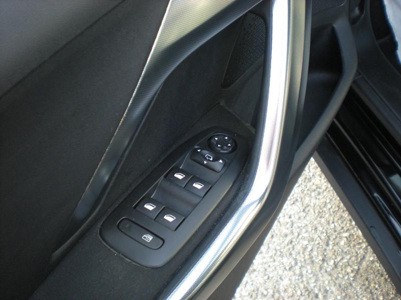 Photo 12 de l'offre de PEUGEOT 2008 1.6 BLUEHDI 100CH ALLURE BUSINESS S&S ETG6 à 11400€ chez Brignais automobiles