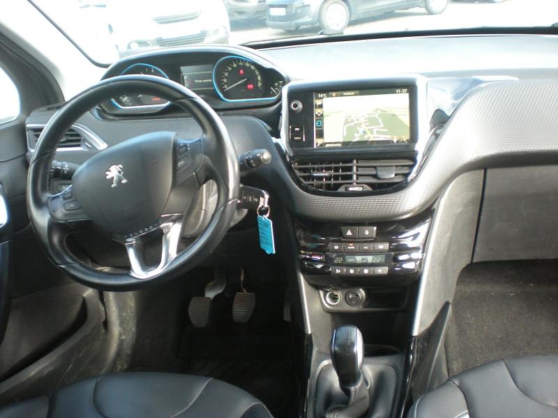 Photo 10 de l'offre de PEUGEOT 2008 1.6 BLUEHDI 100CH  BUSINESS PACK à 10900€ chez Brignais automobiles