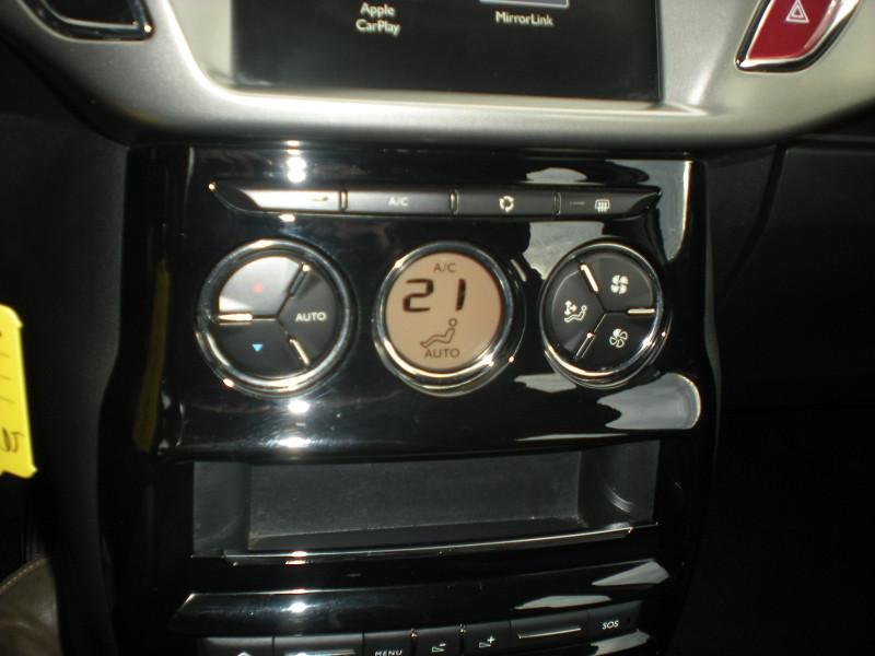 Photo 14 de l'offre de CITROEN C3 BLUEHDI 75 CONFORT BUSINESS S&S 79G à 8900€ chez Brignais automobiles