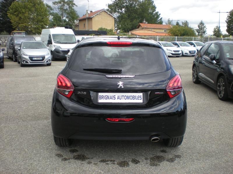 Photo 5 de l'offre de PEUGEOT 208 1.2 PURETECH 110CH E6.C GT LINE S&S EAT6 5P à 15900€ chez Brignais automobiles