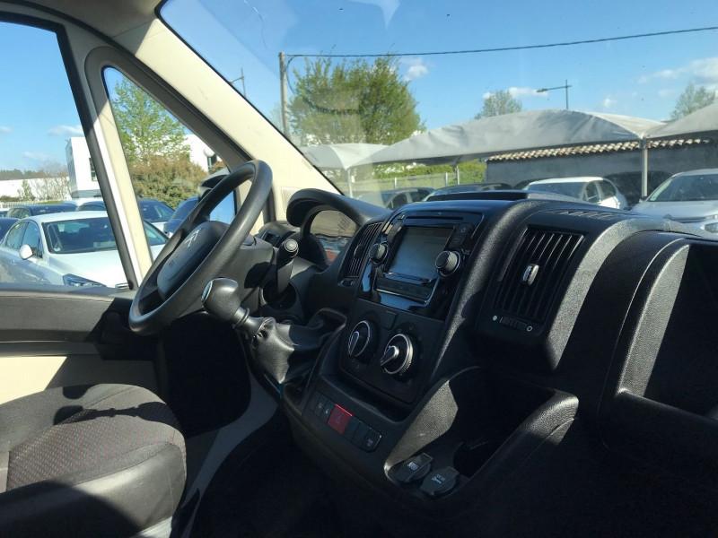 Photo 7 de l'offre de CITROEN JUMPER FG 30 L1H1 2.0 BLUEHDI 110 BUSINESS à 13080€ chez Brignais automobiles