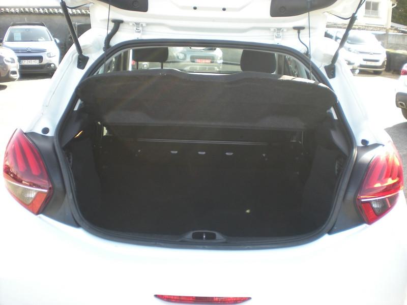 Photo 11 de l'offre de PEUGEOT 208 AFFAIRE 1.6 BLUEHDI 100CH PACK CLIM 5P à 6900€ chez Brignais automobiles