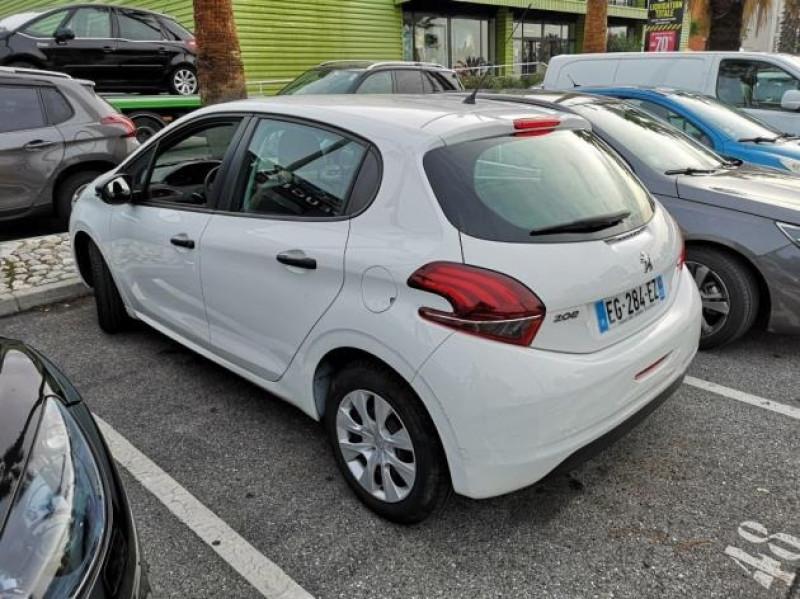 Photo 3 de l'offre de PEUGEOT 208 AFFAIRE 1.6 BLUEHDI 75CH PACK CLIM 5P à 7400€ chez Brignais automobiles