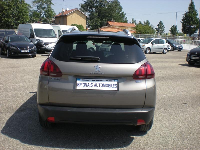 Photo 5 de l'offre de PEUGEOT 2008 1.2 PURETECH 82CH STYLE à 11900€ chez Brignais automobiles