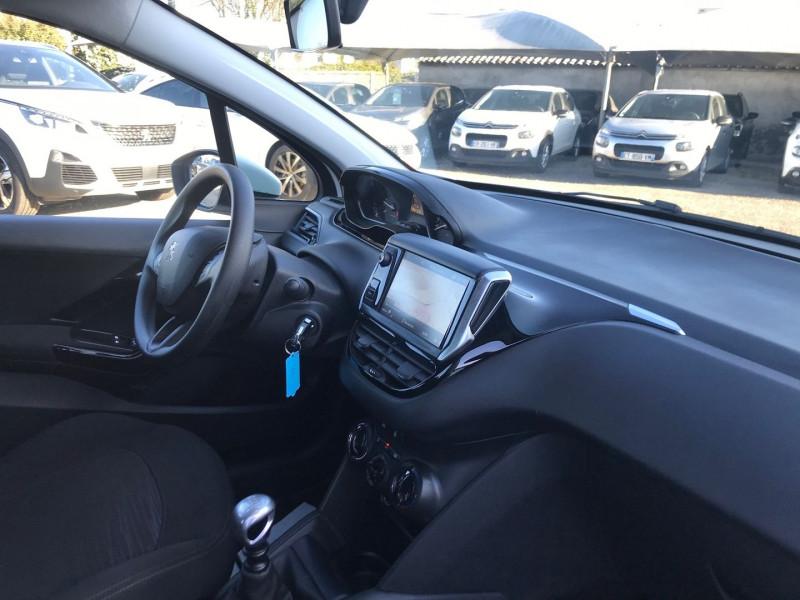 Photo 7 de l'offre de PEUGEOT 208 AFFAIRE 1.6 BLUEHDI 100CH S&S PREMIUM PACK EURO6C à 8990€ chez Brignais automobiles