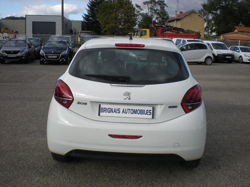 Photo 5 de l'offre de PEUGEOT 208 AFFAIRE 1.6 BLUEHDI 100CH PACK CLIM NAV 5P à 8900€ chez Brignais automobiles