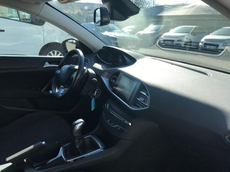 Photo 7 de l'offre de PEUGEOT 308 AFFAIRE 1.6 BLUEHDI 100CH S&S PACK CLIM NAV à 8900€ chez Brignais automobiles