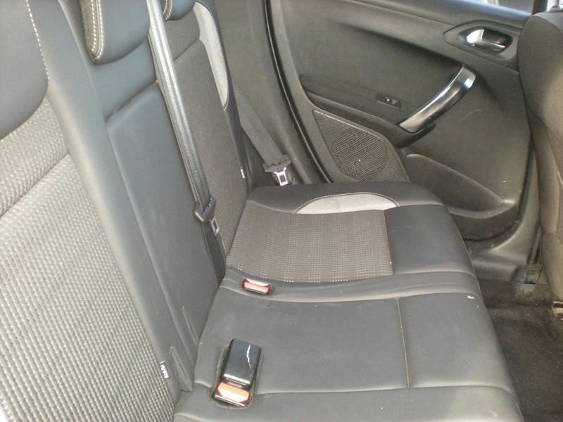 Photo 9 de l'offre de PEUGEOT 2008 1.6 BLUEHDI 100CH  BUSINESS PACK à 10900€ chez Brignais automobiles